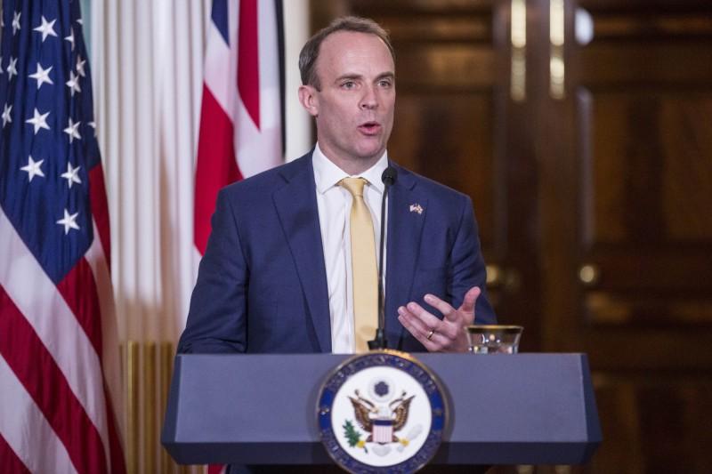 英國外交大臣拉布(Dominic Raab)昨日致電港府,呼籲對港警暴力鎮壓展開獨立調查。(法新社檔案照)