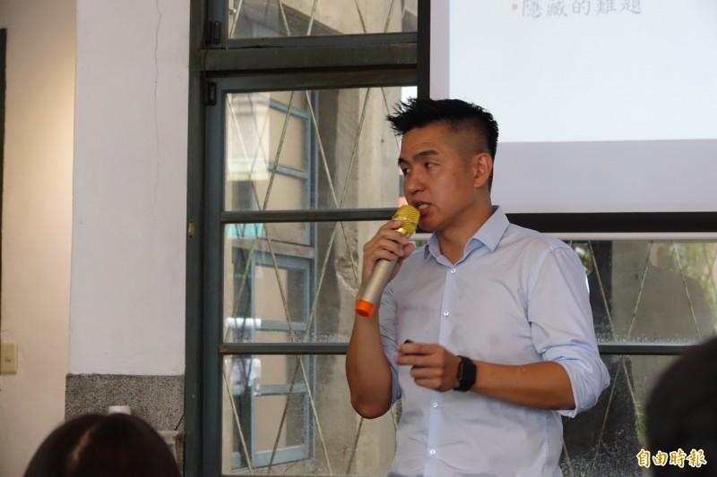 外交官劉仕傑今天到彰化市參加彰化青年座談會。(記者劉曉欣攝)