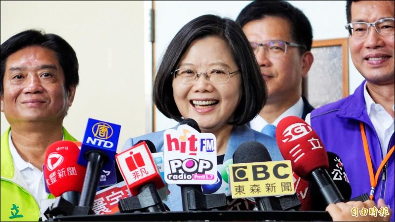 蔡英文總統昨表示,她與賴院長之間的溝通從來都沒有問題,民進黨一定會團結。(記者賴筱桐攝)
