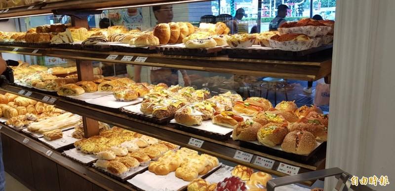 麵包連鎖店 消費滿額捐助創世