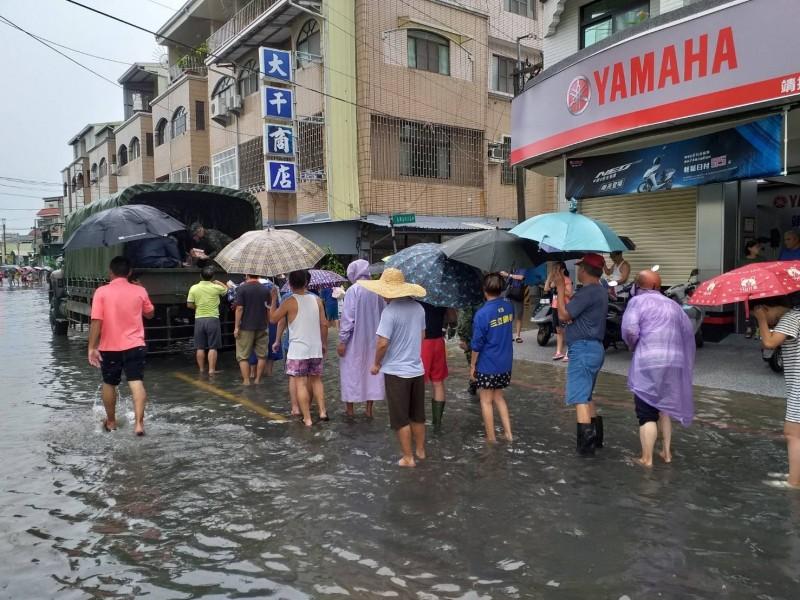 因應南部豪雨,第四作戰區完成災防整備。(圖/第四作戰區提供)