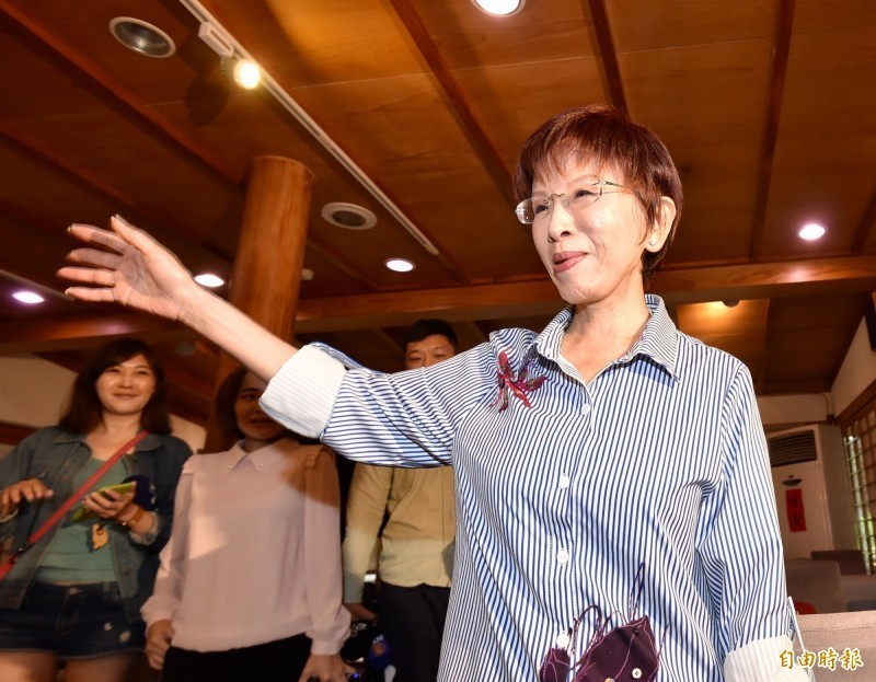 洪秀柱上週表態爭取到台南艱困選區挑戰現任立委王定宇,今(13日)接受廣播專訪時被問及兩岸論述是否仍是「一中同表」,她表示,一路走來始終如一,堅持的信念不會改。(資料照)