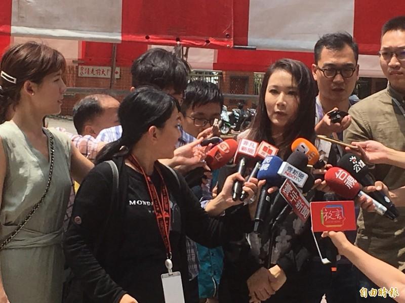 郭台銘幕僚、永齡基金會執行長劉宥彤表示,對於郭柯王會面,已經收到邀請函,正在了解這個活動的狀況、背景。(記者陳柔蓁攝)