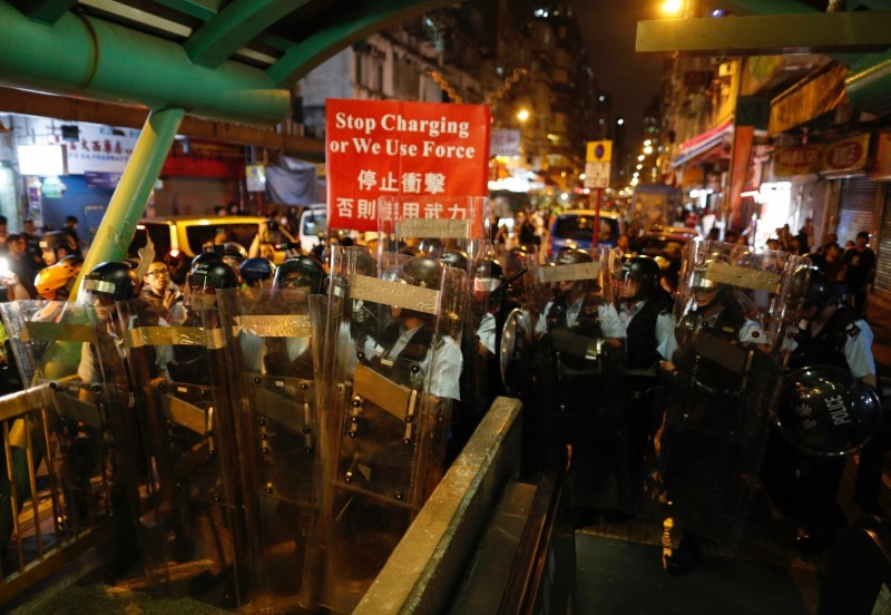 香港反送中抗議行動持續延燒,日本外務省發布香港旅遊警示,指出突情勢可能升級,建議注意安全。(美聯社)