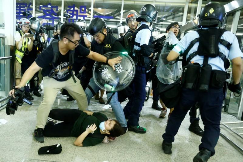 中國駐日內瓦代表團發聲明反駁,並稱巴舍萊「罔顧事實」,是香港激進份子製造暴力,出現恐怖主義苗頭。(路透)