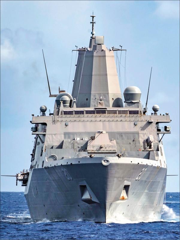 美國太平洋艦隊副發言人克利斯坦森13日證實,兩棲船塢登陸艦「綠灣號」申請停靠香港,遭中國政府拒絕。(歐新社檔案照)