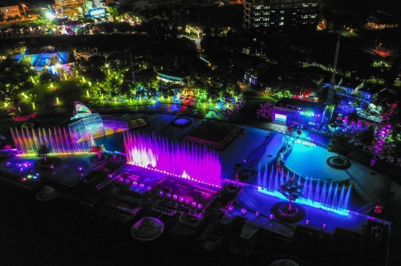 宜蘭國際童玩藝術節即將落幕,最後一週主辦單位加碼水舞秀演出。(宜蘭縣文化局提供)