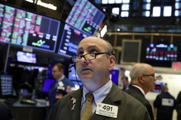 美股重挫! 憂全球經濟衰退 道瓊一度大跌逾700點