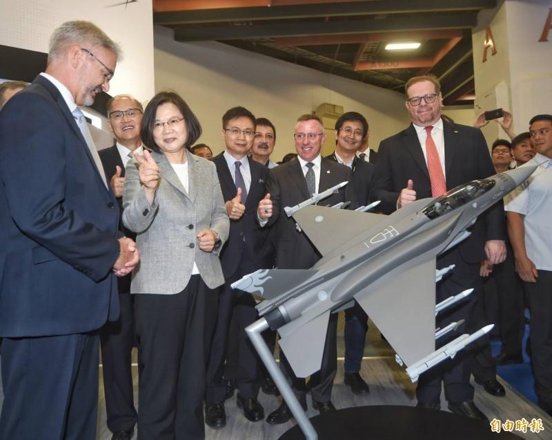 總統蔡英文今日出席國防工業展。(記者方賓照攝)