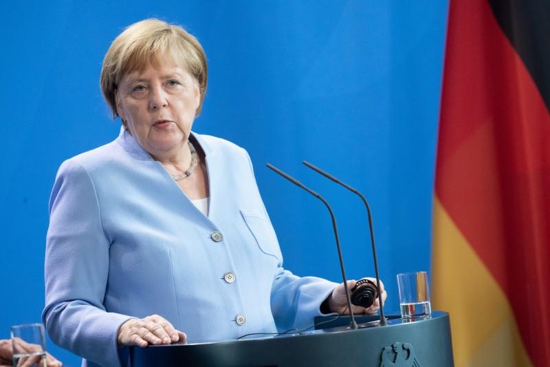 香港局勢緊張,德國總理梅克爾今日首度對香港局勢公開聲明,敦促雙方用對話解決問題,避免使用暴力。(歐新社)