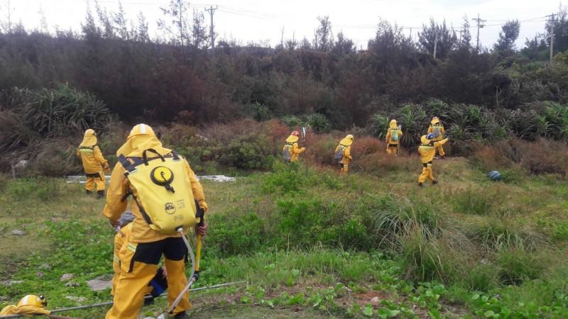 火燒綠島28公頃 今早持續陸空滅殘火