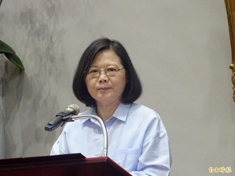 蔡總統高度關切香港反送中情勢的發展,今受訪表示,支持香港的民主運動,也支持香港人對於民主自由的訴求,希望北京或香港政府都能聆聽、感受香港人民的心願,能夠坐下來好好溝通。(資料照,記者李欣芳攝)