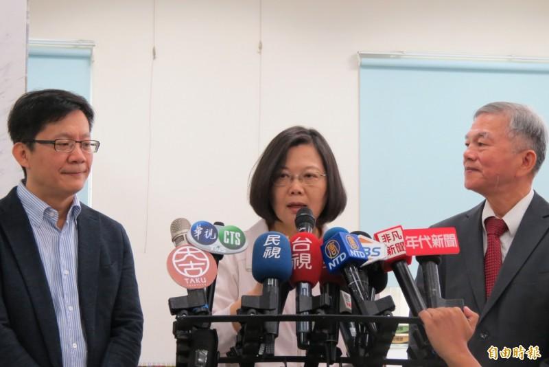 總統蔡英文表示台灣經濟成長率第2季是四小龍第1名,預估第3、4季會很好,全年經濟成長率將是相當可觀。(記者蘇金鳳攝)