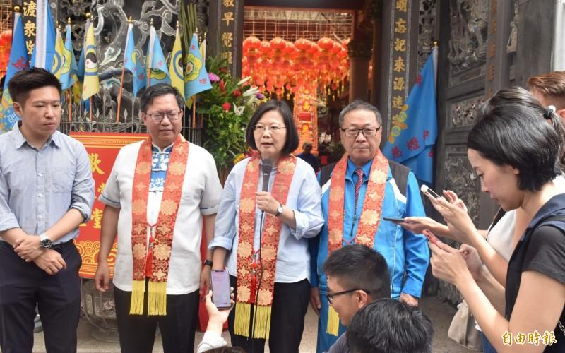 被問到韓國瑜的國政顧問團要她到關公、媽祖廟發誓,蔡英文表示這個起手式沒有辦法讓人期待。(記者李容萍攝)
