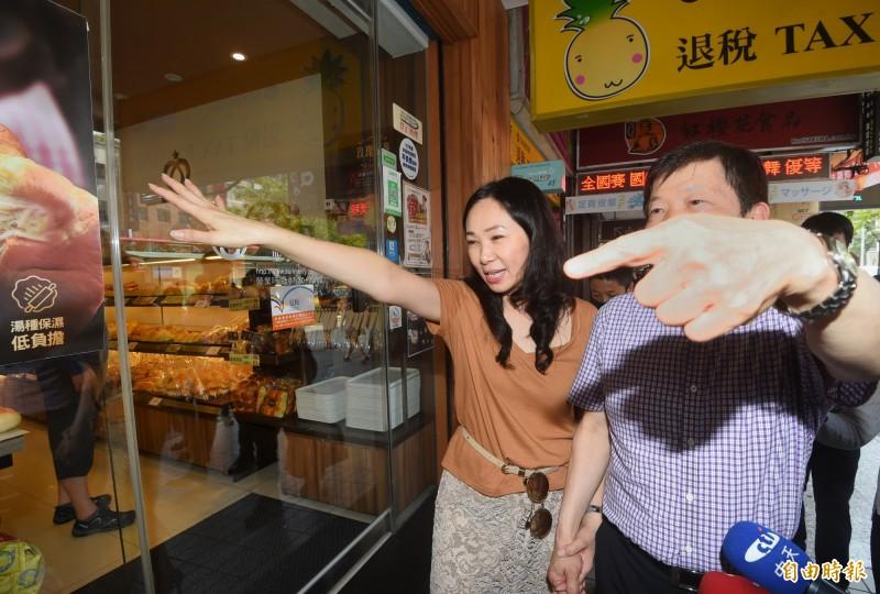 國民黨總統選舉參選人韓國瑜夫人李佳芬17日拜訪台北市永康商圈,並參加商圈座談會。(資料照,記者方賓照攝)