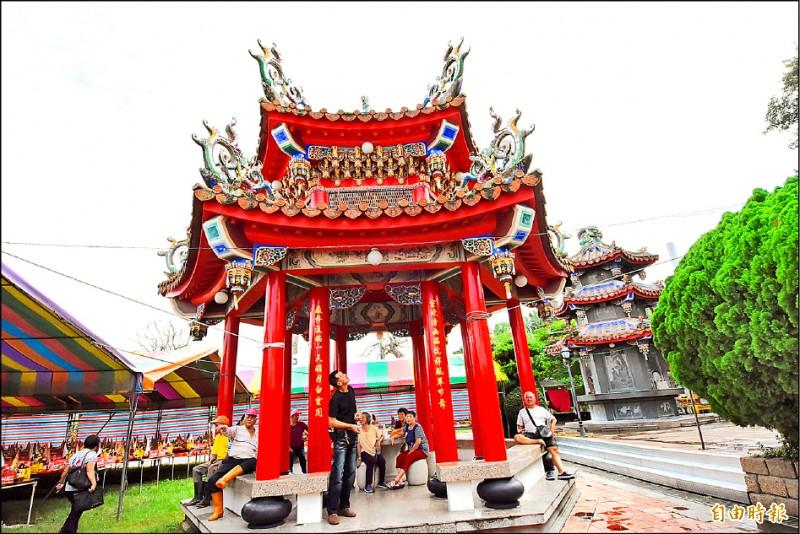 芬園寶藏寺修護完工。(記者林良哲攝)