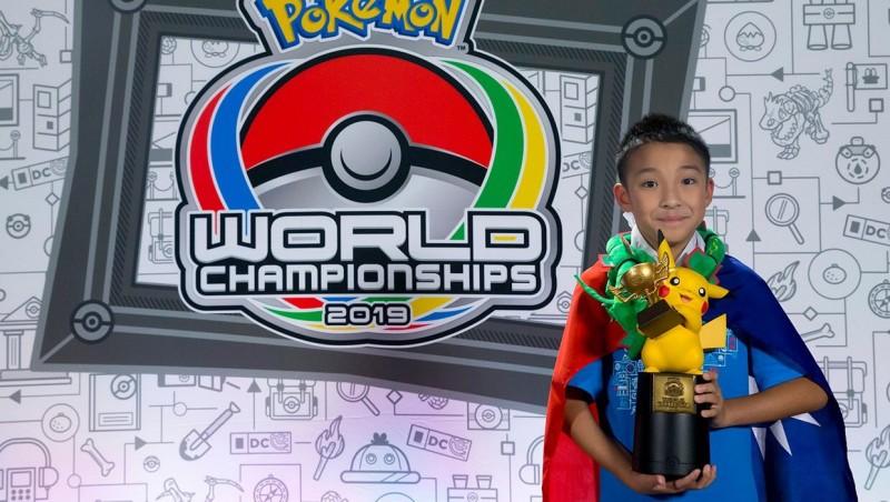 台灣男孩吳比獲得寶可夢世界錦標賽兒童組冠軍。(圖片取自Pokémon臉書)