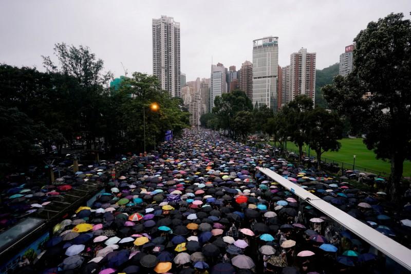 反送中》中國人為何無法理解反送中? 外媒:媒體遭中共控制