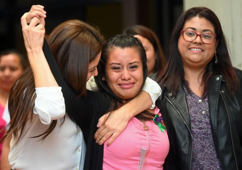 被性侵後流產竟遭判30年 她坐牢近3年終獲逆轉無罪