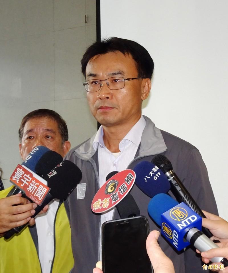 農委會主委陳吉仲強調災後復建第一優先。(記者吳俊鋒攝)
