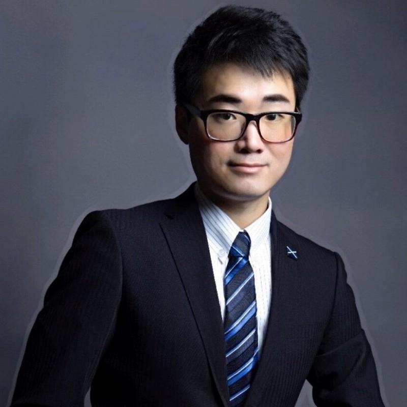 英駐港總領事館雇員鄭文傑。(取自釋放Simon Cheng臉書專頁)