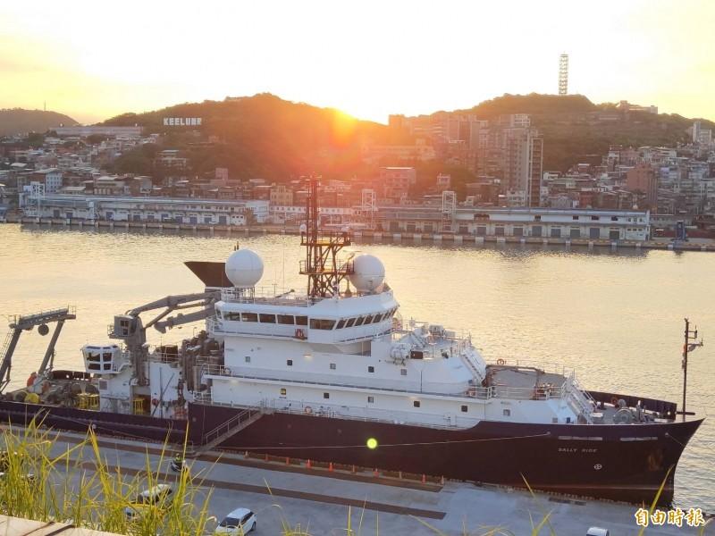 美國科研船塞利‧萊德號。(記者林欣漢攝)