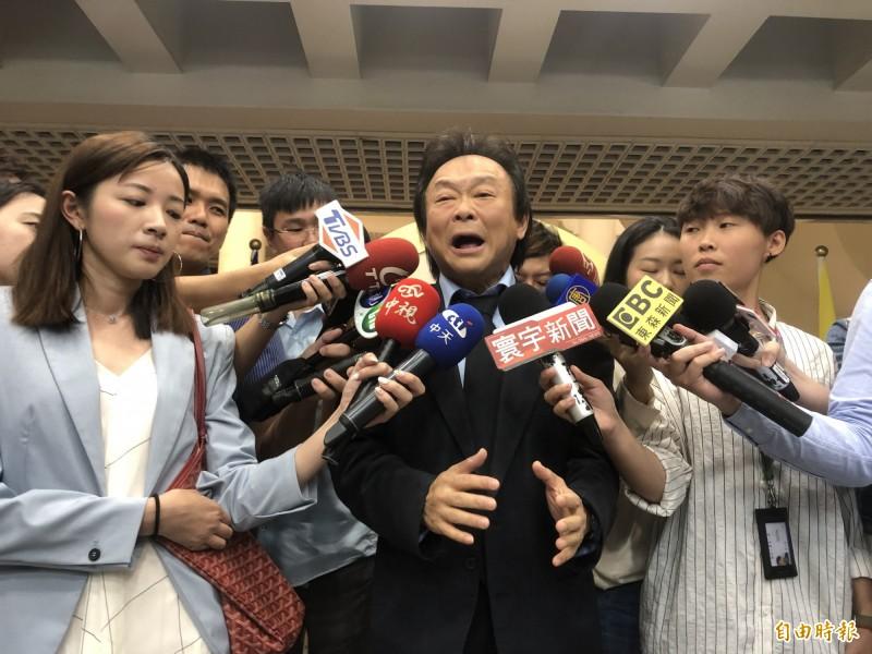 台北市議員王世堅,痛批柯文哲今年特地炒作823紀念日是為了迎合財神郭台銘。(資料照)