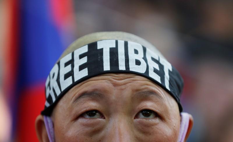 中國拆除藏族佛寺 覺姆慘遭官員性侵