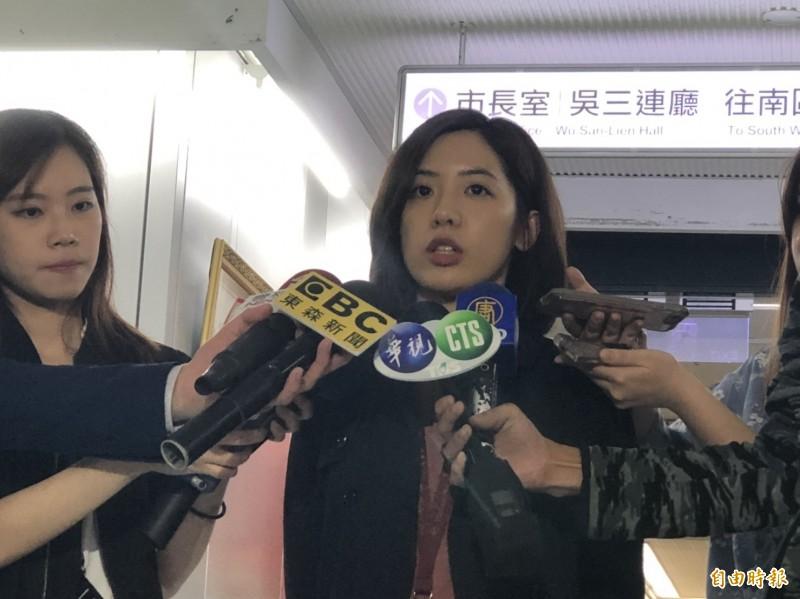 台北市長柯文哲自成立台灣民眾黨後,粉絲數量滑落,黃瀞瑩今上午接受《POP搶先爆》訪問,坦言可能網路上的民眾,對他組黨有不一樣的意見,所以大家最直接的表現就是收回讚。(資料照)
