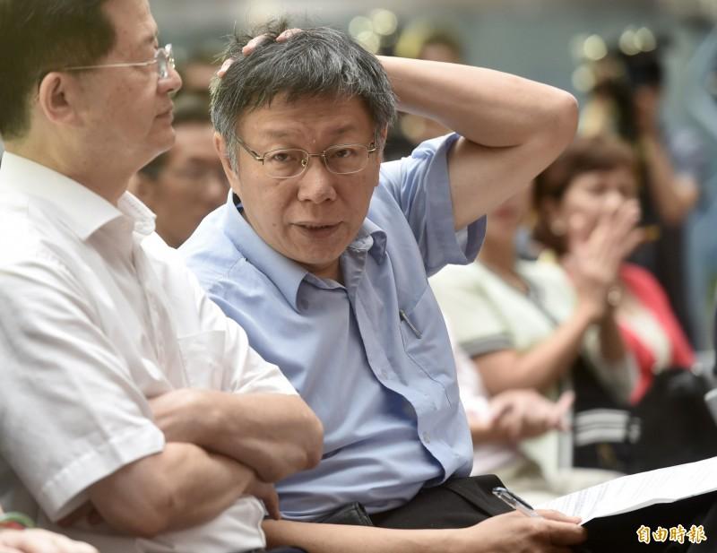台北市長柯文哲26日出席108年自殺防治宣導大型記者會暨互動展示活動。(記者簡榮豐攝)