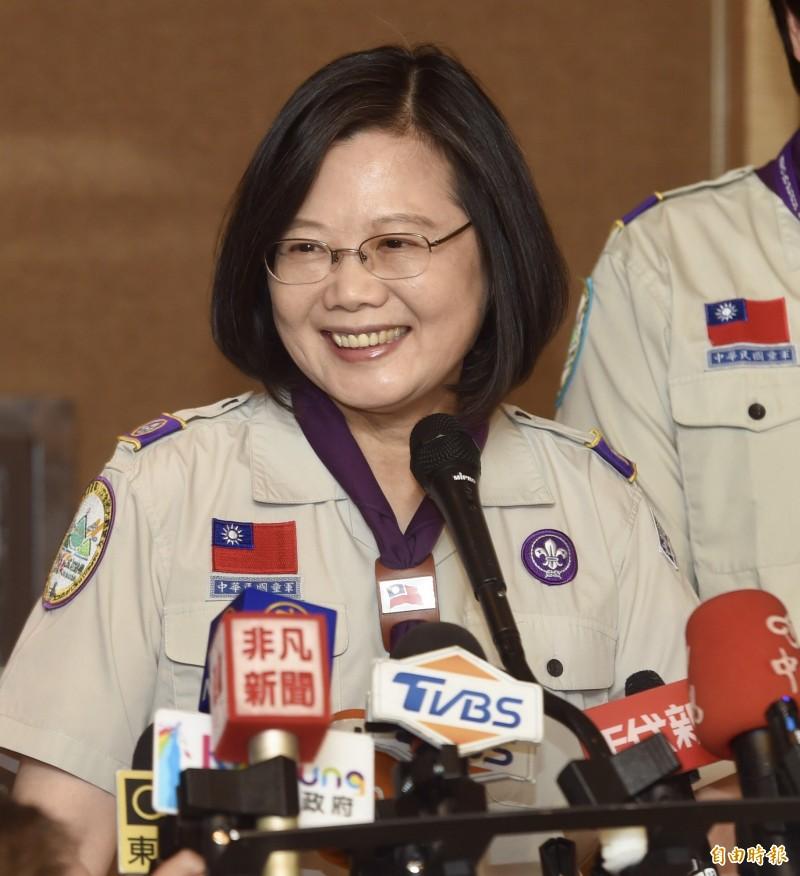 針對誤說台灣駐紐約辦事處政績一事,蔡英文臉書今日表示抱歉外,也感謝當年民進黨執政團隊及外交部同仁的努力,強調接棒推動台美關係深化。(資料照)