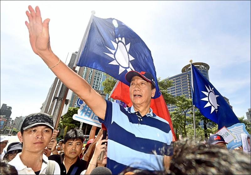 鴻海創辦人郭台銘,初選落幕以來,他還沒鬆口是否要選總統,只說「捍衛中華民國自由民主的決心,永不改變」。(資料照)