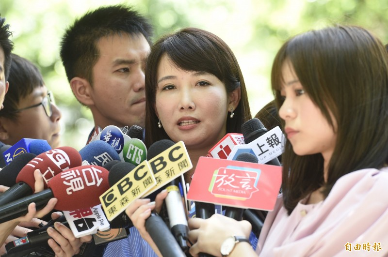 永齡基金會副執行長蔡沁瑜27日接受媒體聯訪。(記者叢昌瑾攝)
