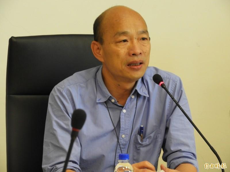談台灣高階人才流失,韓國瑜竟失言稱「鳳凰都飛走了,進來一大堆雞」。(記者葛祐豪攝)