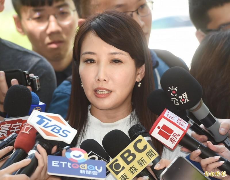 針對郭台銘是否參選總統議體,永齡基金會副執行長蔡沁瑜2日接受媒體採訪。(記者方賓照攝)