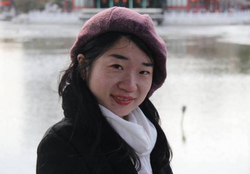 中國記者闞超群(Karoline Kan)日前接受英國《BBC》專訪,說明中國網路審查制度,以及民眾、公司行號為何頻頻自我審查的原因。(圖取自臉書 阚超群)