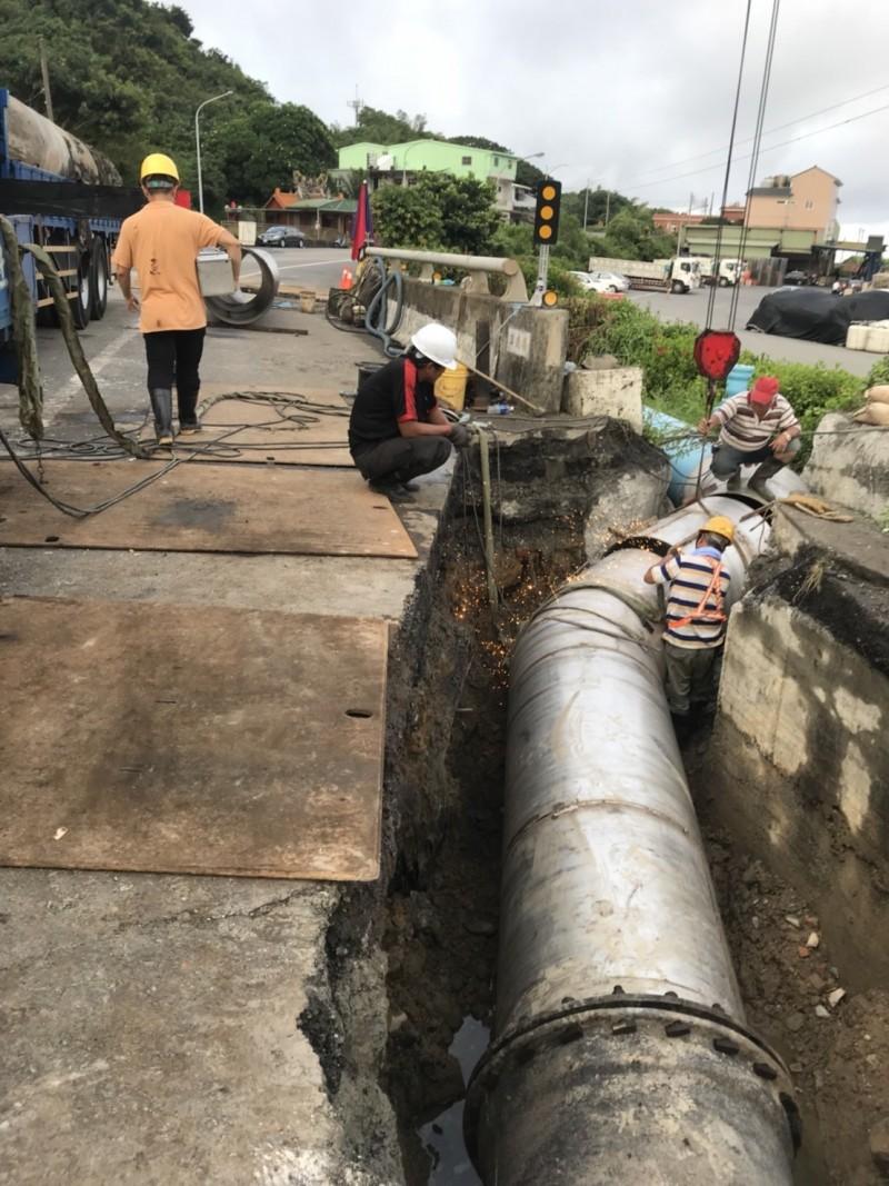 水公司進行管線汰換工程。(自來水公司提供)