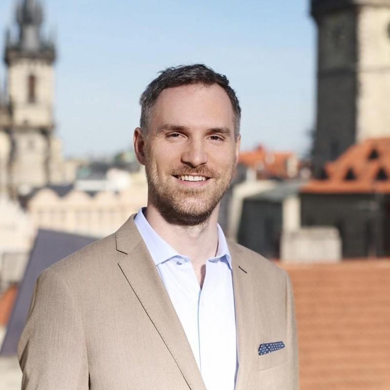捷克首都布拉格市長賀吉普(Zdeněk Hřib)因為友台和反對「一中條款」觸怒中國。(圖擷取自臉書)