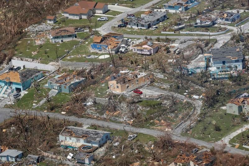 巴哈馬本島許多社區被夷為平地。(法新社)
