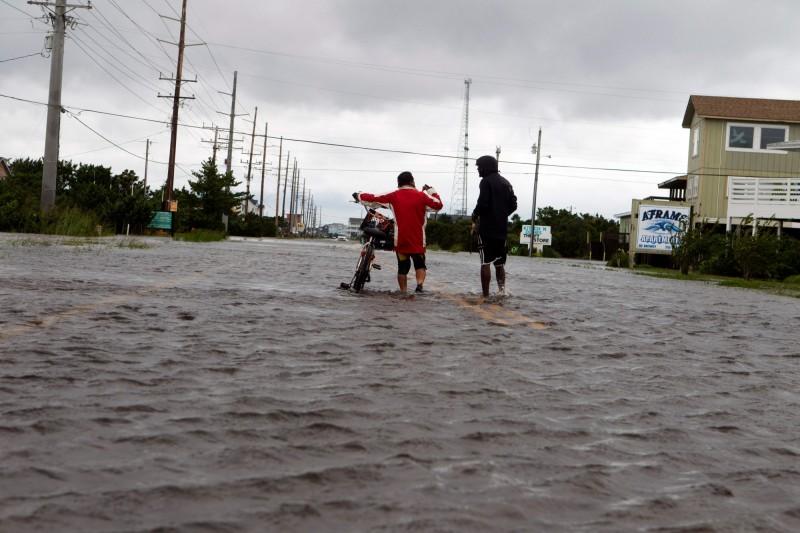 位於美國東海岸的北卡羅來納州因多利安颶風的強風暴雨造成多處淹水。(法新社)
