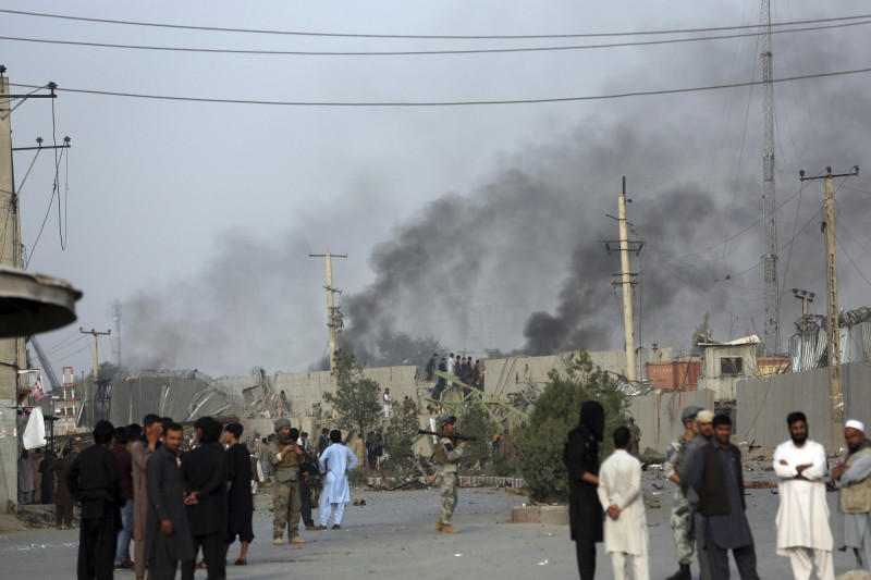 本月2日塔利班在阿富汗首都喀布爾發動炸彈攻擊。(美聯社)