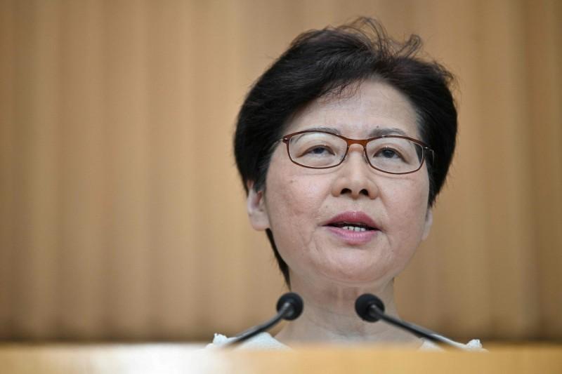 美國國會昨日復會,《香港人權與民主法案》被提上議程,香港特首林鄭月娥今(10)早表示,外國政府不應干預香港事務。(法新社)