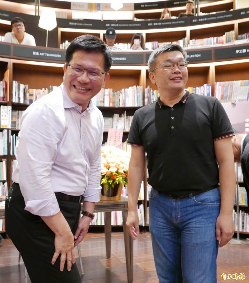 蔡其昌舉辦簽書會,邀請林佳龍擔任特別來賓。(資料照)