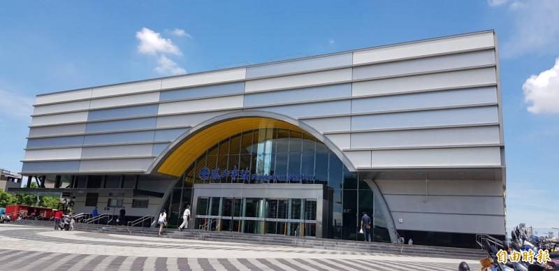 鳳山地方力促高鐵與鳳山火車站雙鐵共構。(記者陳文嬋攝)