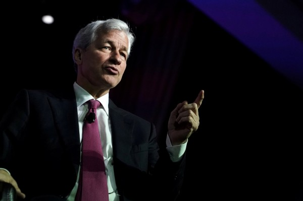 負利率浪潮襲向美國?小摩CEO:正對此風險做準備