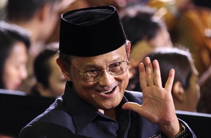 印尼前總統哈比比逝世,享壽83歲,他在上任期間推動民主改革,發揮深遠影響。(歐新社)
