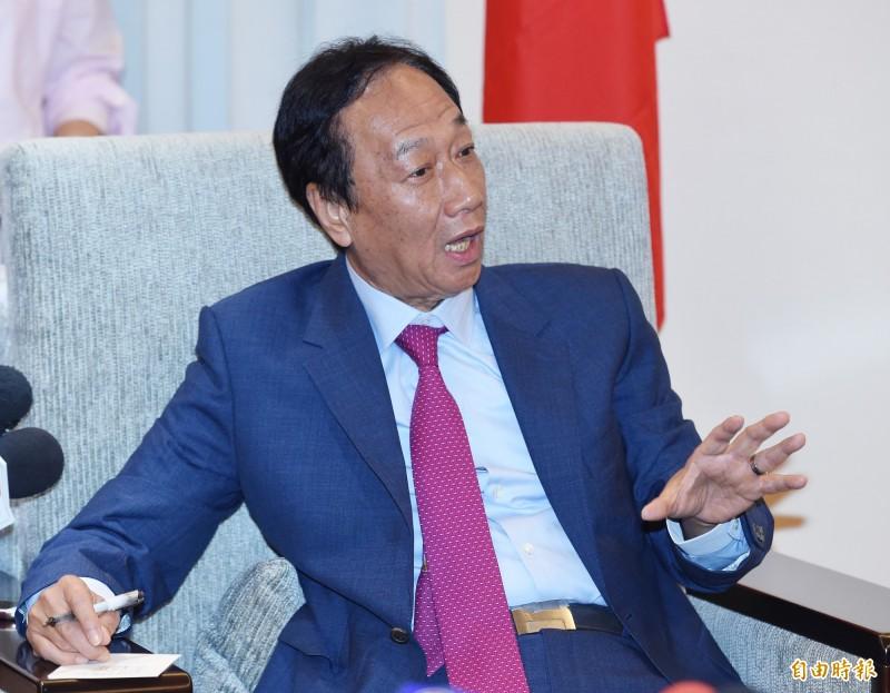 郭台銘被外界認為將於近期宣布退黨參選2020,黃創夏預測屆時國民黨黨紀開鍘,將會出現「少子化」現象。(記者廖振輝攝)