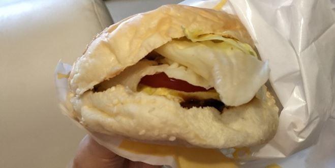 劉樂妍向中國網友介紹台灣早餐「是全中國最好吃的早餐」。(圖擷取自劉樂妍臉書)
