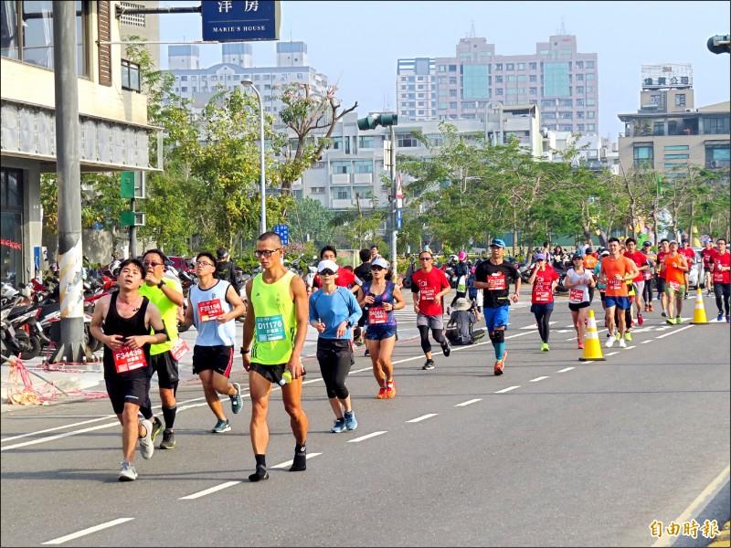 古都國際馬拉松將停辦全馬,改為半程馬拉松。(資料照,記者蔡文居攝)