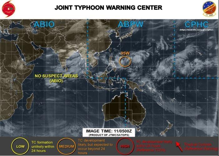 美軍對「95W」熱低發布橙色警示,可能在24小時後發展成熱帶氣旋。(圖擷取自JTWC)